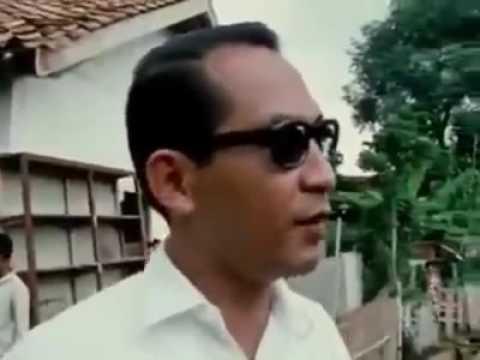 Sejarah : Gubernur Jakarta Ali Sadikin blusukan