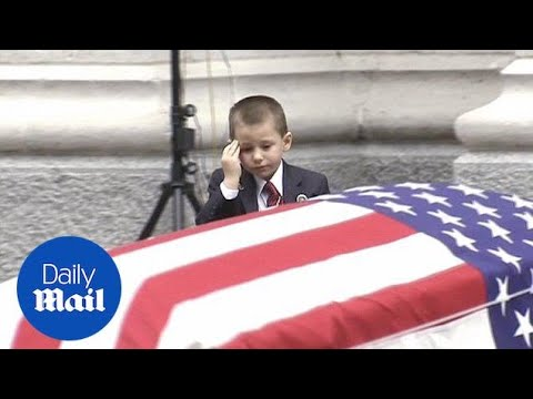 Heartbreaking Moment Boy Salutes Fallen Airman Dad's Coffin - Daily Mail