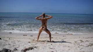 Beach Twerk with Slim Thick