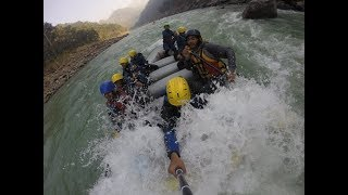 Dont GO To Rishikesh River Rafting IF || Dangerous Rishiskesh River Rafting Accident Upside Part 1