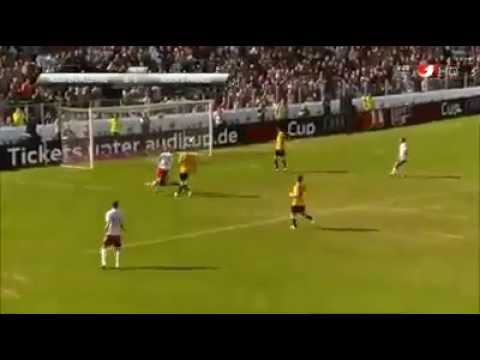 Manuel Neuer Plays as a Striker and Scores a Goal