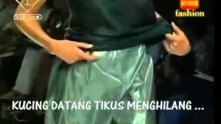 Tikus Tikus Kantor ( Iwan Fals - Indonesia )