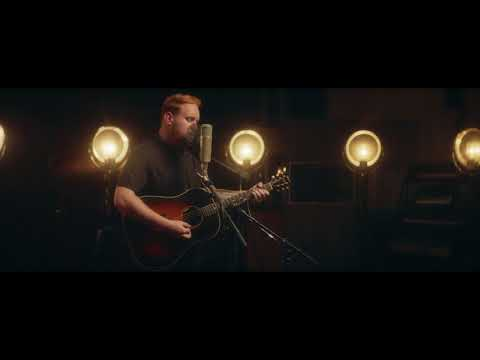 Gavin James - Hard To Do (Live at The Church Studios)