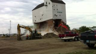 Brandon Grain Elevator Demolition