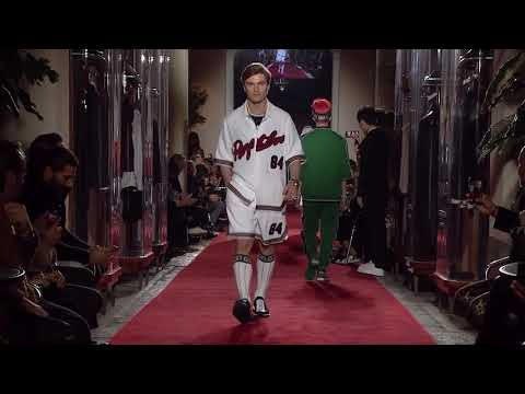 Austin Mahone Being a Model at Dolce&Gabbana Unexpected Show