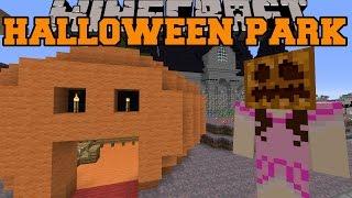 Minecraft: HALLOWEEN PARK (Zombie Maze, Graveyard, & Boat Ride!) [2]