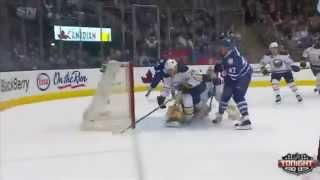 Leo Komarov beats Lindback from the slot