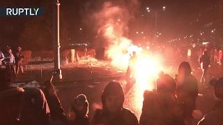 Антиправительственный протест в Румынии сопровождается погромами