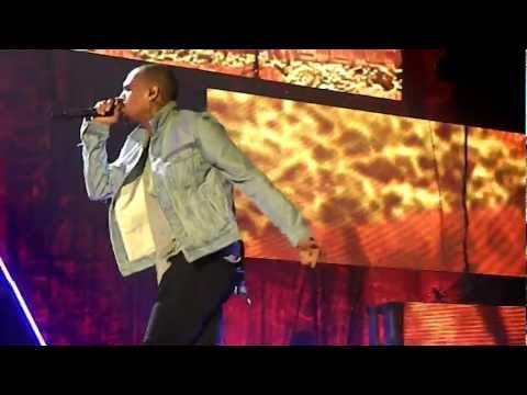 Chris Brown- 2012 (LIVE Stuttgart, Germany 23/11)