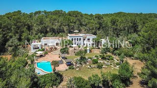 Fantastic luxury property with a main house and separate guest house on Ibiza - Luxury Villas Ibiza