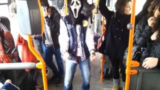 Harlem Shake-Bus Edition