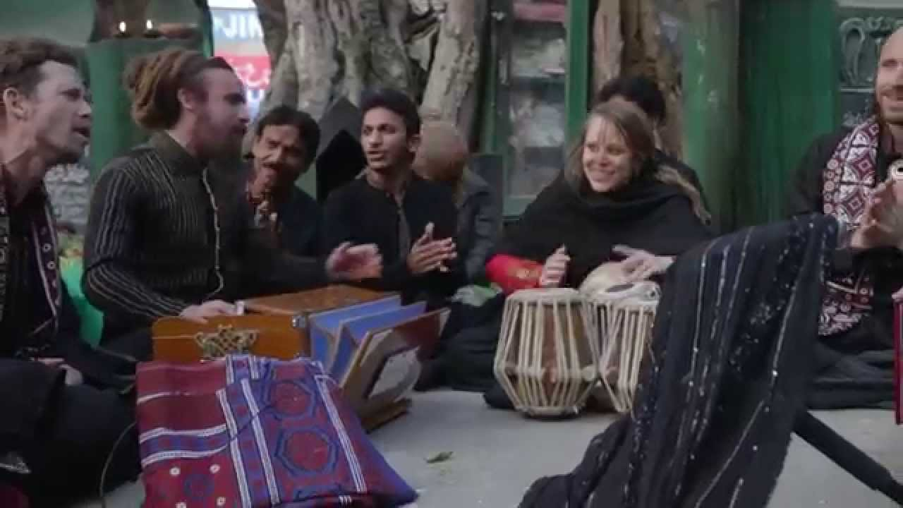 Download Shahbaz Qalandar - Qawwali journey to Sehwan Sharif with Fanna-Fi-Allah