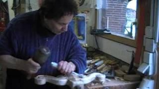 Irminsul Teil II - Eine Irminsul wird aus einem vollen Eichen-Stamm rein von Hand geschnitzt.