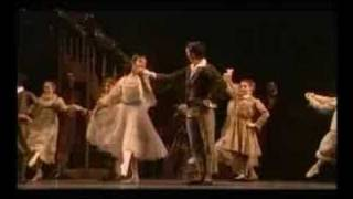 La marcia - Lo Schiaccianoci - (The Royal Ballet)