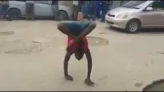 VIRAL VIDEO Man with no bones people are awesome