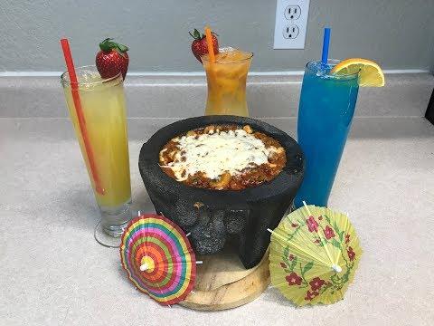 Es Viernes y El Cuerpo los Sabe! Chorizo Fundido Dip y Bebidas Tropicales