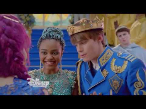Descendants 2   Ben and Uma Clip