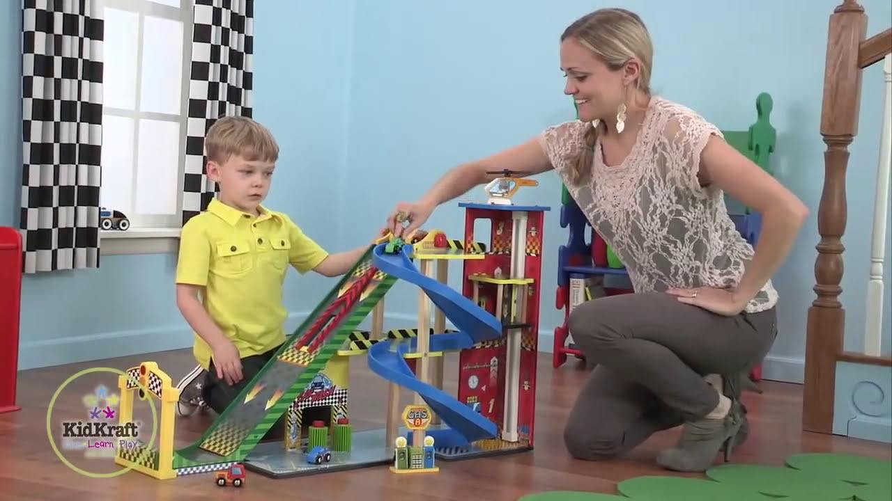 Populaire Circuit avec Rampe pour voiture de course Kidkraft - YouTube RU19