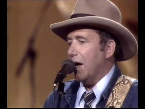 Bobby Bare - Medley: 500 Miles Away From Home / Our Strong Winds / Shame On Me / Tequila Sheila