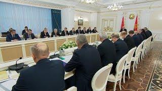 Лукашенко поручил подготовить до 20 декабря окончательный вариант проекта бюджета на 2018 год