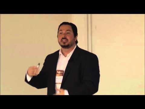 Pacientes com FA e RNI estável: Devemos trocar por novos anticoagulantes? - Dr. Renato Lopes