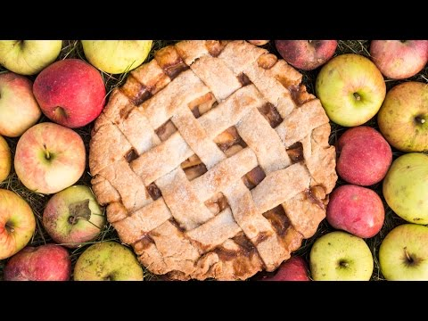 Caramel Apple Pie | Thanksgiving Recipe