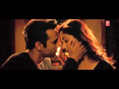 Yami Gautam And Pulkit Samrat Romantic And Kiss Scene From Their Two Movies.