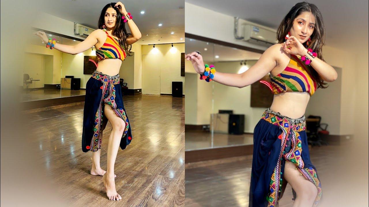BADSHAH - Paani Paani   Jacqueline Fernandez   Bollywood   Divyas Choreography.