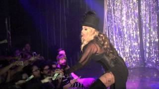 "Raven: ""Stand Back"" @ Showgirls!"