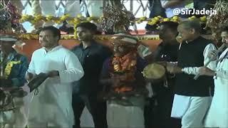 Tel Laga Lo Dabur Ka, Naam Mita Do Babar Ka ft. Rahul Gandhi