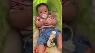 Nice invention self feeding bottle