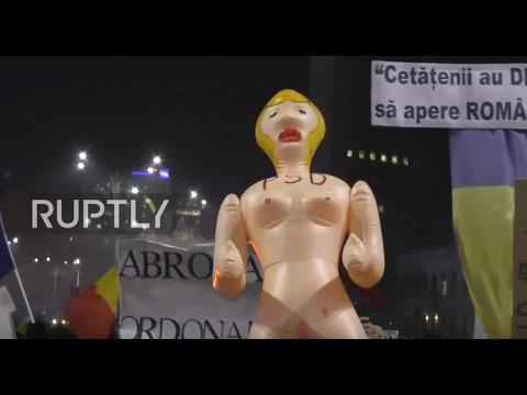 Romania: Third night of mass anti-corruption protests shut down Bucharest