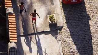 813. 20131208 - Alyda Sauer - la terrazza, o terraço I - montaggio Arcangelo Vincent Scalici