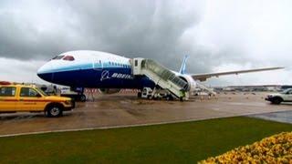 Get a peek inside the new 787 Dreamliner from Boeing