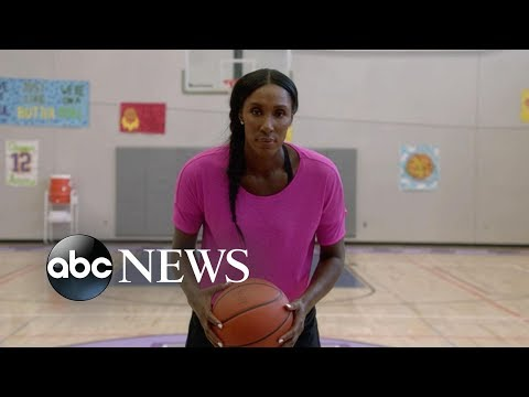 WNBA All-Star Lisa Leslie guest stars in ABC's 'Speechless'