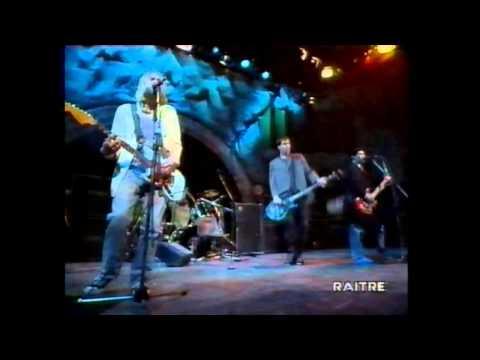Nirvana - Serve The Servants - Rome, Italy 1994 (intro & outro) mp3