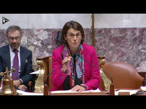 La députée Isabelle Attard accuse le ministre Jean-Michel Baylet de violences sur une ancienne...