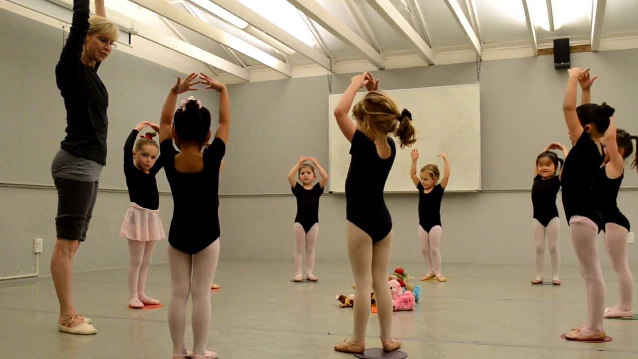 Pre Ballet Class At Shadelands Art Center Walnut Creek