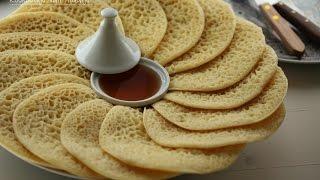 Baghrir (Marokkaanse pannenkoeken met 'duizend' gaatjes)