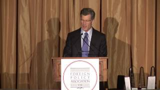 Louis Bacon, Founder, The Moore Charitable Foundation, accepting the 2015 FPA Medal