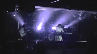 独自の世界を奏でるu-full(ウフル)のライブ映像をお届け。 2014年1月17...