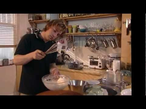 Jamie Oliver The Naked Chef - Babysitting (HD)