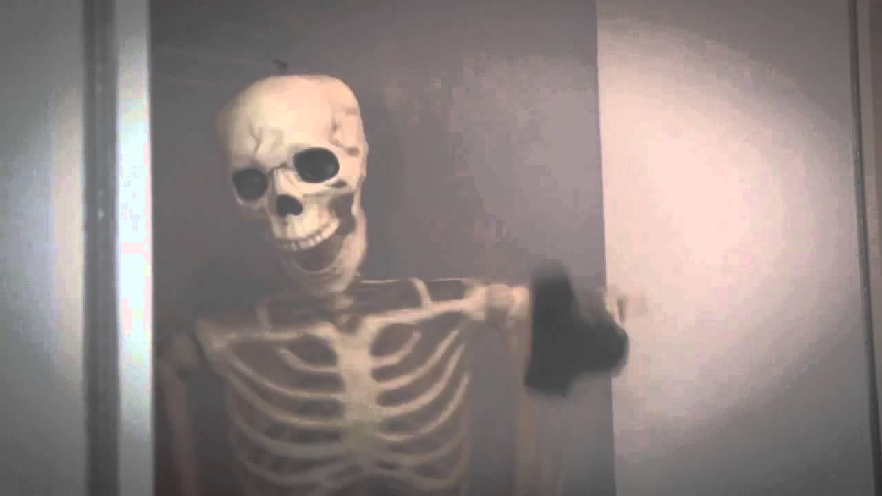 Animated Dj Wallpaper Jontron Skeleton With A Gun Youtube