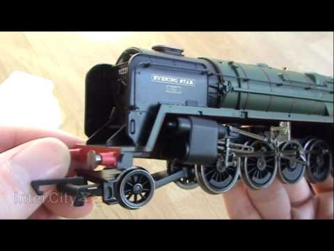 Opening the Hornby class 9F Evening Star
