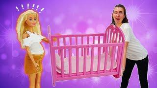 Кен купил кроватку для малыша. Тайна Барби и Терезы раскрыта! Барби - Я не хочу в школу 32