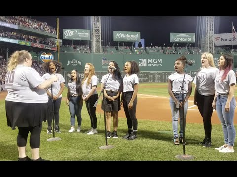 @SIXTHEMUSICALUS SING the National Anthem at the Red Sox Game!