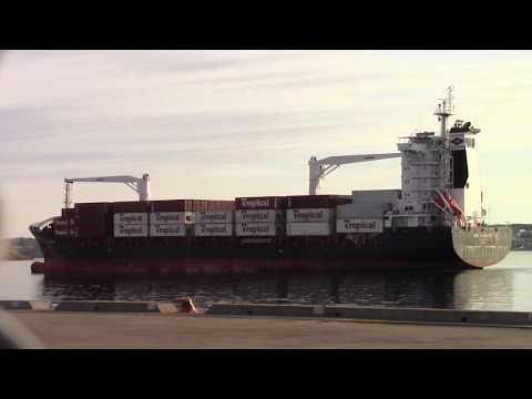 Container Ship AHS HAMBURG Inbound into Port of Halifax (May 22, 2017)