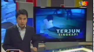 Repeat youtube video Pelacur Warga Asing Cedera Terjun Tingkap