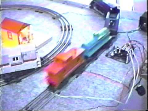 Historic 1991 John Aaron Model Railroad APS Eye Control Demo (AutoControls.org #APS1)