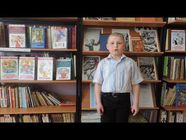 Изображение предпросмотра прочтения – ИванКротов читает произведение «Мой прадед рассказал мне ...» (Ахмадулина Белла)